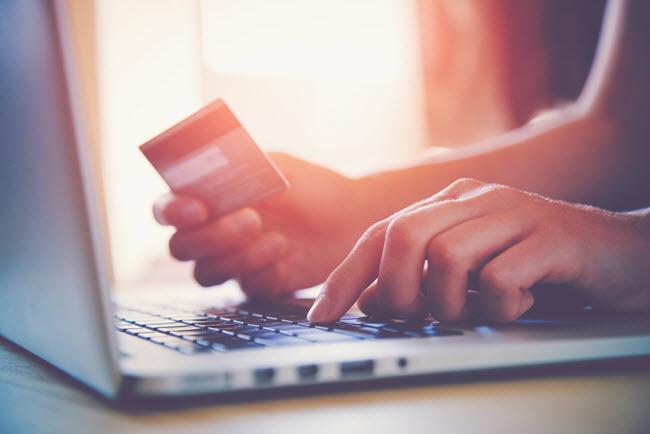 hands-online-shopping
